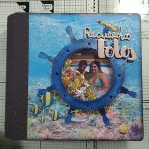 "Álbum ""Under The Ocean"""
