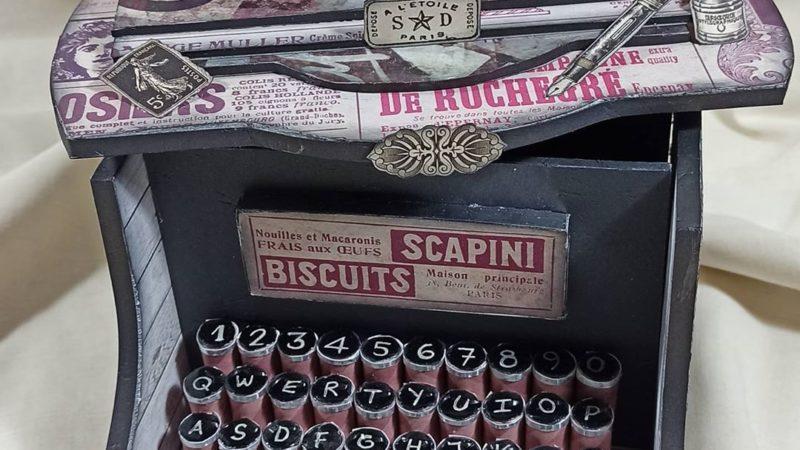 Máquina de escribir de Tara's Studio